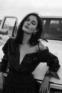 Sadie-Newman-Fashion-Gone-Rogue09.thumb.jpg.bd0cd2921f7610c537c82ec880a75715.jpg