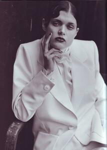 Vogue-Italia-March-1999-33.jpg