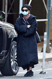 ashley-olsen-out-in-new-york-11-29-2020-1.jpg