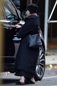 ashley-olsen-out-in-new-york-11-29-2020-2.jpg