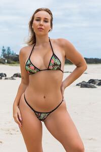 bikini_wicked-weasel_312_pacific-islands-top_multi_standard_449_pacific-islands-bottom_multi_triangle-back_standard_front.jpg