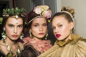 Dolce&Gabbana Alta Moda Alta Sartoria Palazzo Milano Dicembre 2018 (148)_MGZOOM.jpg