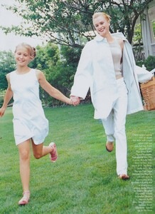 Elgort_US_Vogue_November_1997_10.thumb.jpg.72b2aa7524ac9a3fbc92878aacff854a.jpg