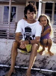 Jagger_Snyder_US_Vogue_May_1991_04.thumb.jpg.e1dfd9e8bcc9c5a99f076daf01b9e1db.jpg