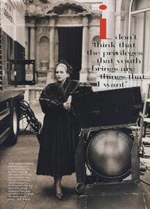 Madonna_Meisel_US_Vogue_October_1996_06.thumb.jpg.4ba0e2648f82d6fc4747973728253b7a.jpg