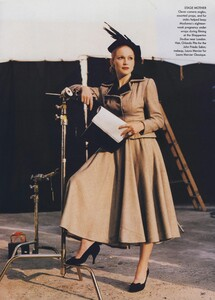 Madonna_Meisel_US_Vogue_October_1996_08.thumb.jpg.d298c9571fcc2301673e9e2acc11e93c.jpg