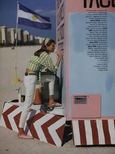 Nicks_US_Vogue_May_1992_01.thumb.jpg.21dc636629bfe3ad61b8d014ad873f6a.jpg