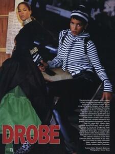 Nicks_US_Vogue_September_1992_02.thumb.jpg.a9f16ffb3371f77d2093ad3ecb7cac49.jpg