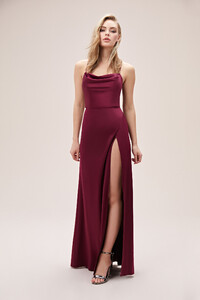 bordo-askili-yirtmacli-degaje-yaka-saten-abiye-elbise-online-ozel-koleksiyon-oleg-14365-67-B.jpg