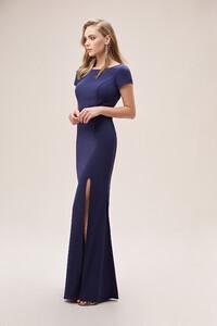 lacivert-kisa-kollu-yirtmacli-krep-uzun-elbise-online-ozel-koleksiyon-oleg-15012-67-B.jpg