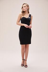 siyah-tek-omuzlu-drapeli-midi-boy-krep-abiye-elbise-online-ozel-koleksiyon-oleg-14409-67-B.jpg
