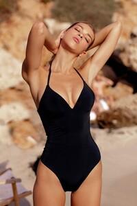 swimsuit-sofi.jpg