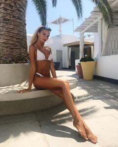 Polina_Popova (1).jpg