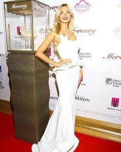 miss_Russia_Polina_Popova (5).jpg