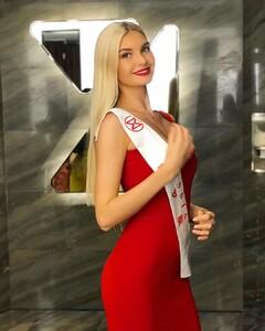 miss_Russia_Polina_Popova (3).jpg