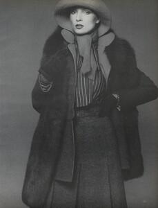 Avedon_US_Vogue_September_15th_1972_16.thumb.jpg.d1e4e0ae57ec428b593c949342d9416c.jpg