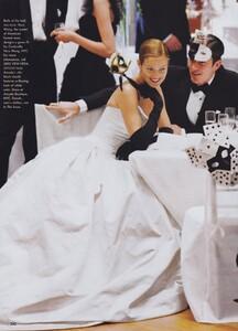 Ball_Meisel_US_Vogue_December_1997_05.thumb.jpg.d8f16548411bd8120c89665dc705bbcf.jpg