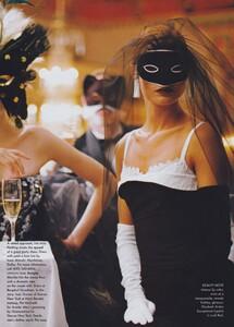 Ball_Meisel_US_Vogue_December_1997_10.thumb.jpg.59dd75525525f4a0d8aec489a9eee22e.jpg