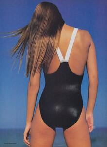 Demarchelier_US_Vogue_May_1985_06.thumb.jpg.1a35d8b04d1018f613e1cc52b9c776d2.jpg