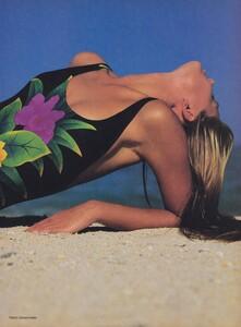 Demarchelier_US_Vogue_May_1985_08.thumb.jpg.fae0b02c0141d75aaf3c6a52c819db8c.jpg