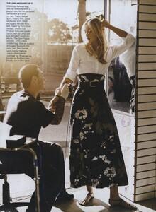 MS_Jean_Roy_US_Vogue_April_2007_07.thumb.jpg.71711406d3bf186d4ed2c9ae7dc8399b.jpg
