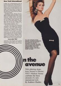 New_York__US_Vogue_October_1986_07.thumb.jpg.d93d3ee4c8853542343fccafbb22fb2c.jpg