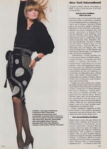New_York__US_Vogue_October_1986_10.thumb.jpg.131e427a4d1a9429594d265bb9de2e7b.jpg