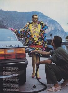 Newton_US_Vogue_October_1986_04.thumb.jpg.c29f1bf9e499c85a4068f26568f22c62.jpg