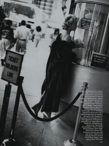 Nicks_US_Vogue_October_1992_04.thumb.jpg.954fdcca1718b7cf9f65fe55dd690b7e.jpg
