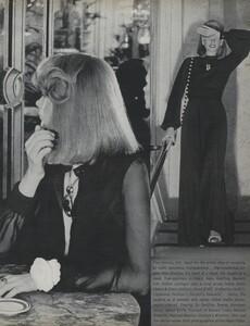 Pakchanian_US_Vogue_January_1973_06.thumb.jpg.e83a579a9ea2a52f07573d6e7e52dc12.jpg