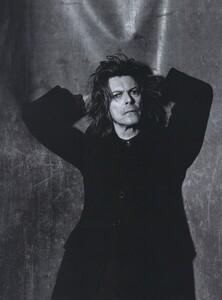 Rock_Penn_US_Vogue_December_1999_04.thumb.jpg.7f71da9e4713b51ed558adc3be3eec46.jpg