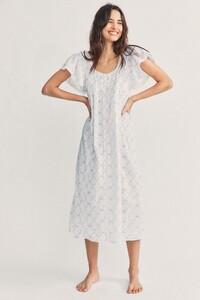 Sashi-Dress-Soft-Blue-2_e09eef03-e0fb-46c7-a44c-840b482c20a3.jpg