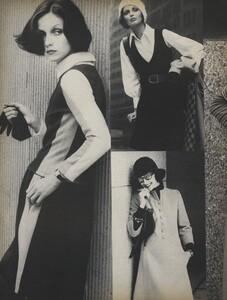 Stone_US_Vogue_September_15th_1972_07.thumb.jpg.e669f7f0fca84ab4eb7a986dd64ecdaa.jpg