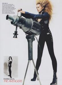 VH1_US_Vogue_November_2003_14.thumb.jpg.2c0ea796ac10f87fa38c75f8f767231a.jpg