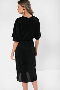 _plisse_dress_in_black-1.jpg