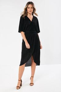 _plisse_dress_in_black-2.jpg