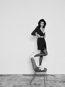 alexei-bazdarev-modefotograf-fashion-editorial-duesseldorf-model-tara-loftstudio-156.thumb.jpg.1e8f1b02aa1b2fc01954387ceedf9039.jpg
