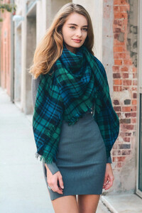flannel-frayed-edge-blanket-scarf-green-leto-collection-387_2048x.jpg