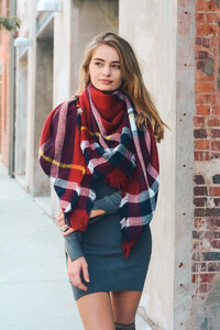flannel-frayed-edge-blanket-scarf-red-navy-white-leto-collection-300_2048x.jpg