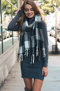 oversized-flannel-tassel-scarf-gray-leto-collection-367_2048x.jpg