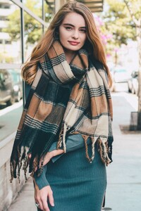 oversized-flannel-tassel-scarf-leto-collection-468_2048x.jpg