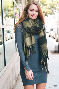 oversized-flannel-tassel-scarf-leto-collection-571_2048x.jpg