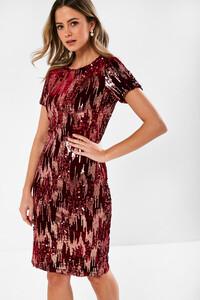 sequin_dress_in_wine-2.jpg