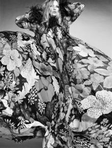 Kate+Moss+Luigi+Iango+Vogue+Hong+Kong+March+2021+(10).jpg
