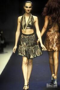 2048212_europeana_fashion_paco_rabanne_caw96_0060.jpeg