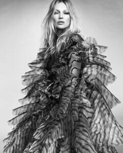 Kate+Moss+Luigi+Iango+Vogue+Hong+Kong+March+2021+(8).jpg