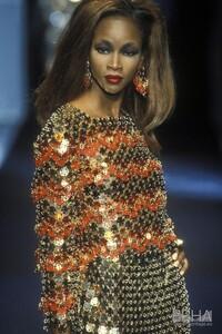 2048212_europeana_fashion_paco_rabanne_caw96_0029 (1).jpeg