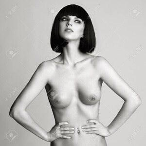 91228825-black-and-white-fashion-photo-of-nude-elegant-woman-with-short-haircut-brunette-bob-hairstyle-health.thumb.jpg.52b1a4d8b83eb3fa4843b7a0c2f43e6f.jpg