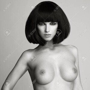 91228830-black-and-white-fashion-photo-of-nude-elegant-woman-with-short-haircut-brunette-bob-hairstyle-health.thumb.jpg.7276d4432fc5d3c04fa557afed418d2b.jpg