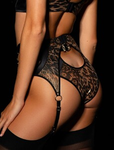 Briony_Brief_Suspender_Back.jpg